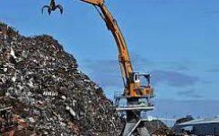Президент продлил действие повышенной пошлины на вывоз металлолома из Украины